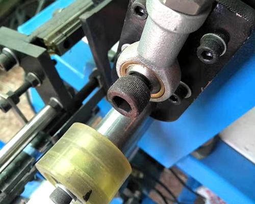 铝箔贴头机制造